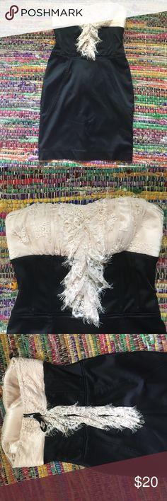 BEBE Dress Evening dress with gorgeous lace details. Size XS bebe Dresses Mini