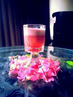 Sav's Kitchen: Grape Strawberry Cooler