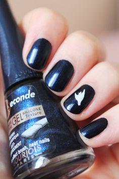 Manucure oiseau - Kit nail art inspiration cubisme - Bourjois