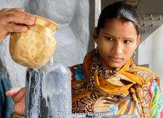 Una reflexión sobre las miradas en la India. Pincha en la foto y viaja a la India con nuestro relato....