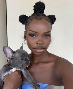 Bantu Knots: How to, Their History & Bantu Knots Hairstyles Cute Makeup, Pretty Makeup, Beauty Makeup, Makeup Looks, Long Natural Hair, Natural Makeup, Natural Hair Styles, Makeup Trends, Beauty Trends