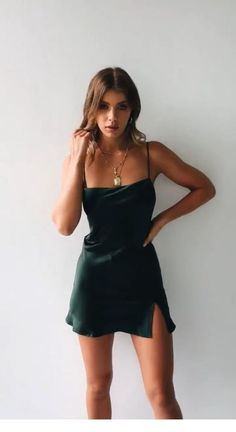 Short satin dress - Awesome Summer Style With Slip Dress – Short satin dress Hoco Dresses, Satin Dresses, Pretty Dresses, Homecoming Dresses, Dress Outfits, Fashion Outfits, Silk Dress, Prom, Silk Short Dress