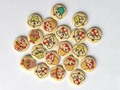 10 Wooden Cupcake Buttons - Cupcakes - Buttons - Mini Cakes - Muffins - #RWB0011 Button Cupcakes, Mini Cakes, Muffins, Craft Projects, Buttons, Crafts, Muffin, Manualidades, Handmade Crafts