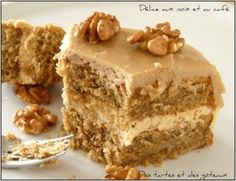 Coffe and nut cake délice café noix 3 Oreo Desserts, No Bake Desserts, Dessert Oreo, Cake Cafe, Mexican Dessert Recipes, Tiramisu Cake, Almond Cakes, Easy Cake Recipes, Healthy Recipes