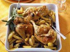 Huhn mit Oliven und Kartoffeln ist ein Rezept mit frischen Zutaten aus der Kategorie Hähnchen. Probieren Sie dieses und weitere Rezepte von EAT SMARTER!