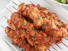 Recipe: Baked Chicken Kebabs with Paprika and Herbs Unique Recipes, Ethnic Recipes, Party Food And Drinks, Watermelon Recipes, Baked Chicken Recipes, Evening Meals, Tandoori Chicken, Meal Planning, Good Food