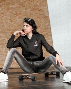 Bomberjacke schwarz Sweat Pants, Jackets, Woman