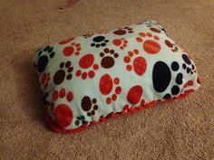 DIY No Sew Dog Bed  Pick your fleece Get a regular pillow  TaDa you have an inexpensive dog bed!