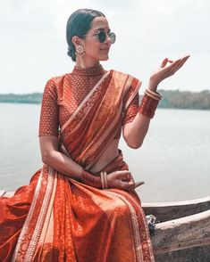 """This monochrome saree blouse set makes contrast blouses look so overdone. """"Embracing everything Within me About me Around me ! This life . Campaign for Blouse Back Neck Designs, Saree Blouse Designs, Blouse Neck, Trendy Sarees, Stylish Sarees, Indian Attire, Indian Wear, Indian Style, Indian Dresses"""