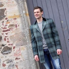 Men's mid-thigh length tartan jacket