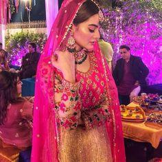 Pinterest: @pawank90 Pakistani Couture, Pakistani Bridal Wear, Pakistani Wedding Dresses, Pakistani Outfits, Bridal Mehndi Dresses, Indian Bridal Outfits, Indian Dresses, Indian Wedding Bride, Classy Suits
