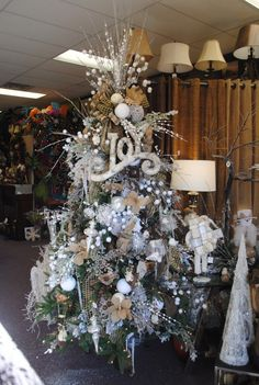 """Joy of Christmas Tree 