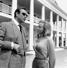 Sean Connery and Honor Blackman (Goldfinger - 1964)
