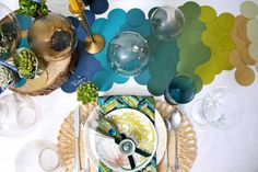 Cut out circles to create a table runner! Love the ombre color schemes! Easy and fun DIY