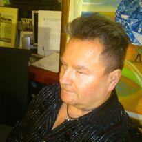 Tomasz Jaxa w pracowni .