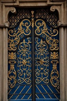 This door was made for a castle! Navy and gold are such rich looking colors and this designs here show that