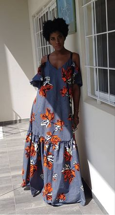A bit more fitting for my shape at the bodice African Maxi Dresses, Ankara Dress Styles, African Fashion Ankara, Latest African Fashion Dresses, African Print Fashion, African Attire, African Wear, Moda Afro, Boho Fashion