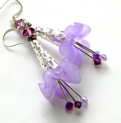 Lucite Trumpet Flower Earrings Lavender by LaurenceCollection