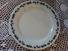 PINE CONE PATTERN DINNER PLATE LAMBERTON SCAMMELL CHINA MADE IN USA RARE #IvoryLambertonScammellchinaMadeInAmerica