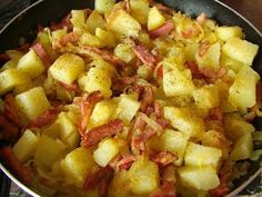 Potatoes are a peasant Fruit Salad, Potato Salad, Macaroni And Cheese, Good Food, Food And Drink, Cooking Recipes, Tasty, Dishes, Vegetables