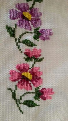 This Pin was discovered by Ayn Just Cross Stitch, Cross Stitch Bookmarks, Cross Stitch Borders, Cross Stitch Flowers, Cross Stitch Designs, Cross Stitching, Cross Stitch Embroidery, Hand Embroidery, Cross Stitch Patterns
