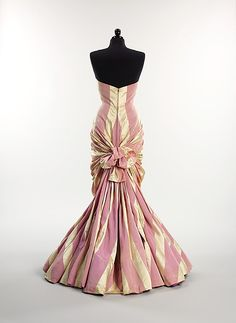 Evening dress, Elsa Schiaparelli, ca. 1948, French, silk, Metropolitan Museum of Art, 2009.300.2923