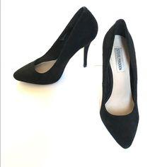 4d99c586af3026 Shop Women s Steve Madden Black size 8 Heels at a discounted price at  Poshmark.