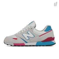 The New Balance U446 SMWT features a classic build with a suede meets mesh upper in Dove Grey/White. Pink and Teal accents contrast the body nicely.