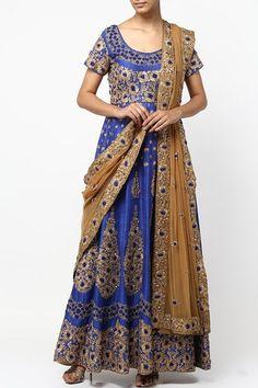 Blue dabka and aari work anarkali set.  #carma #shopitatcarma #carmaloves #instadaily #fashiondaily #fashionupdates #instafollow #luxury #floral #indianfashion #musthave #sagegarden #diwaliedit #diwalispecial #ethnic #kurtasets #anarkalis #getthislook #shopping #shopnow #onlineshopping #festive #elegant #madetoorderdress #kylee #blue #anarkali #blueanarkali #indiansuitsonline #designersuitsonline #salwarkameezonline