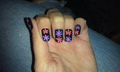 Flower design nails