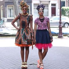 by Lisa of Lisa a la Mode Headwraps aren't new. I'm sure many of us have seen women dressed in traditional African attire, including elaborate and intricately designed headdresses. Today we're seeing