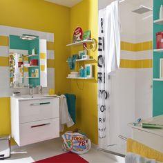 Une salle de bains moderne pleine de pep's avec ses murs jaunes !  #jaune #salledebains #moderne #leroymerlin