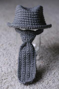 Carvate et chapeau en crochet (pour peluche ou tout pti bébé ?)