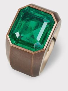 HEMMERLE JEWELRY - Ring set in emerald, white gold and copper.