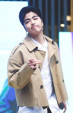 Chanwoo Ikon, Kim Hanbin, Ikon Leader, Winner Ikon, Koo Jun Hoe, Jay Song, Ikon Debut