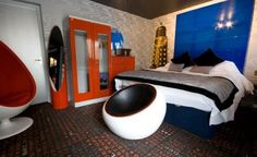doctor who room? all it needs is a TARDIS