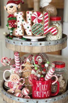 Christmas Kitchen, Cozy Christmas, Country Christmas, Christmas Themes, All Things Christmas, Christmas Crafts, Christmas Decorations, Coffee Table Christmas Decor, Seasonal Decor