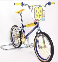 Vintage Bmx Bikes, Retro Bikes, Big Blue Whale, Gt Bikes, Gt Bmx, Bmx Cruiser, Bmx Racing, Bmx Freestyle, Bmx Bicycle