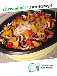 Ein Thermomix ® Rezept aus der K… Chicken and vegetable pan by sweettwentyseven. A Thermomix ® recipe from the main course with vegetables category www.de, the Thermomix® Community. Healthy Chicken Recipes, Easy Healthy Recipes, Meat Recipes, Crockpot Recipes, Dinner Recipes, Vegetable Stir Fry, Vegetable Recipes, Kids Meals, Easy Meals