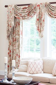 Soft & attractive with a print that gives personality to the room