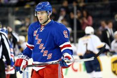 Keith Yandle Fitting In Perfectly With The New York Rangers - http://thehockeywriters.com/keith-yandle-fitting-in-perfectly-with-the-new-york-rangers/