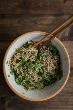 Spinach Soba Bowl with Peanut Sauce - make with zucchini noodles for a raw version… delicious...