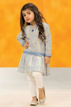 In this video, we will show you beautiful stylish kids outfit ideas, baby girls dress designs, cute Kids Style & more. Find out the perfect outfits for your . Baby Outfits, Baby Girl Dresses Diy, Baby Girl Dress Design, Girls Frock Design, Baby Girl Frocks, Kids Frocks Design, Baby Frocks Designs, Frocks For Girls, Gowns For Girls