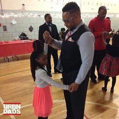 #FamilyDanceNight @nathan_pop_thomas #BeADadChallenge #dad #dads #father #fathers #movement  #blackdads #blackfathers #realdads #beanexample #Black #babies #kids #dads #family #love #like #follow  #support #urbndads #fatherhood #blackfathersmatter #blacklove #melanin