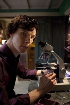 Benedict as Sherlock BBC. Yet another reason London is so appealing!