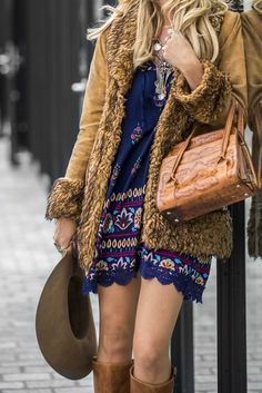 Discover recipes, home ideas, style inspiration and other ideas to try. Bohemian Fall Fashion, Ibiza Fashion, Modest Fashion, Bohemian Winter Style, Bohemian Clothing, Boho Chic, Cute Summer Outfits, Fall Winter Outfits, Cute Outfits