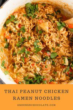 Thai Peanut Sauce Chicken, Peanut Sauce Noodles, Thai Sweet Chili Sauce, Easy Thai Peanut Sauce, Thai Sauce, Ramen Recipes, Asian Recipes, Chicken Recipes, Cooking Recipes