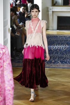 Valentino Fashion Show Ready to Wear Collection Spring Summer 2017 in Paris