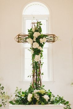 With Good Friday upon us I thought would would pin a board of white flowers and blooms in Peace and to commemorate the glory of Easter.