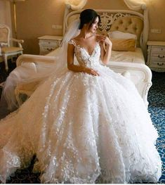 90fd4d8a67137 3D Floral Lace Wedding Dresses Vintage Ball Gown Wedding Dress AWD1456